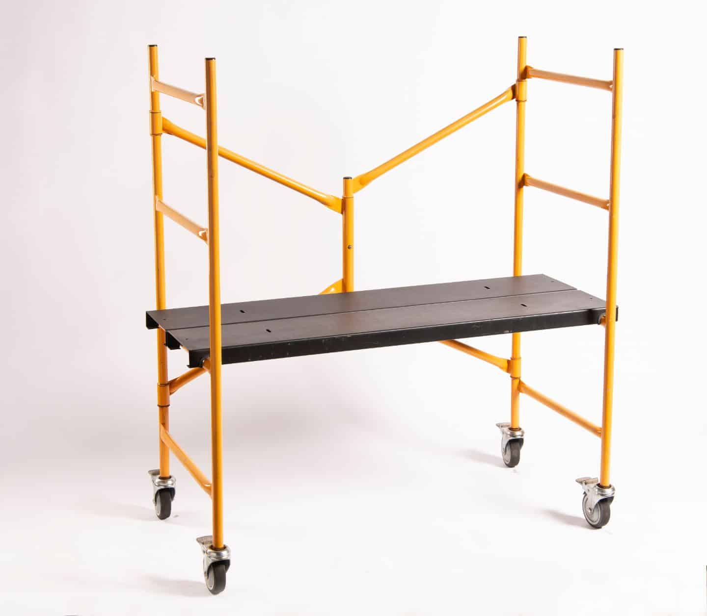 4' MINI STEP UP FOLDING SCAFFO
